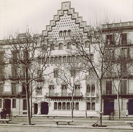 Historia de la manzana de la discordia en barcelona-7
