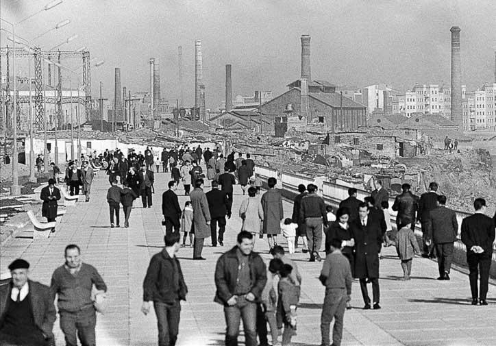 paseo maritimo barcelona años 60